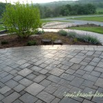 Belgard Urbana pavers on the elevated front porch.