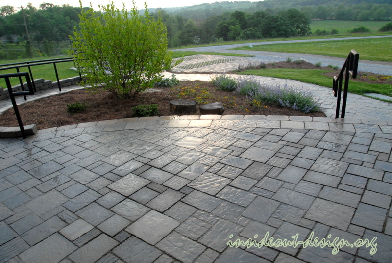Inside out design hardscape and landscape inside out design for Belgard urbana pavers